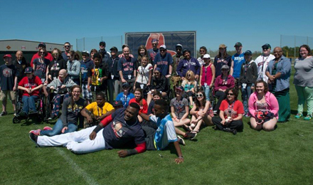 David Ortiz shares spring training with pediatric patients