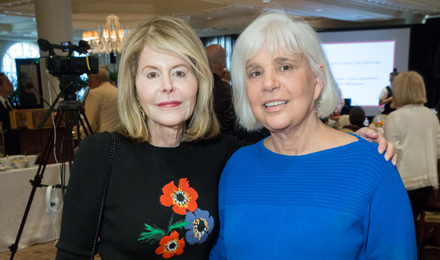 Jean Sharf (l) and Diane Goldsmith