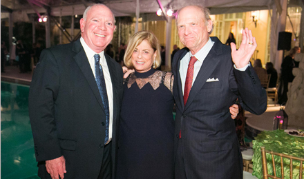 Robert Schlager (l) with Vicki and Arthur Loring