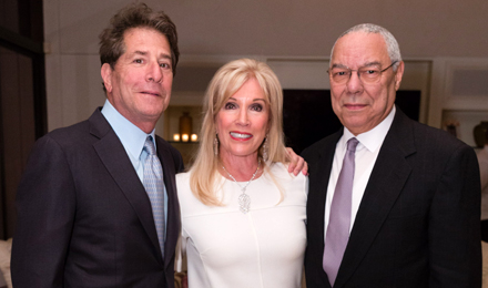 Michele and Howard Kessler (l) with General Colin Powell