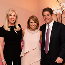 Michele and Howard Kessler with Katie Couric (c)